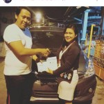 Foto Penyerahan Unit 3 Sales Marketing Mobil Dealer Suzuki Fitriani Al