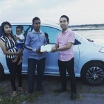 Foto Penyerahan Unit 5 Sales Marketing Mobil Dealer Suzuki Nadhor