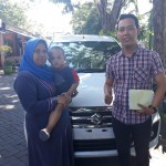 Foto Penyerahan Unit 6 Sales Marketing Mobil Dealer Suzuki Nadhor